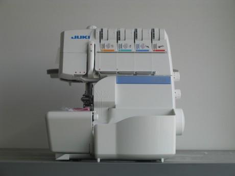 Оверлок Juki MO-735