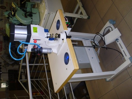 Пневматический пресс для установки фурнитуры Novatex NS-QZN-2